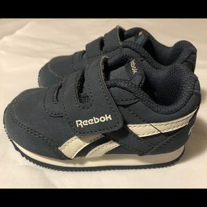 REEBOK CLASSIC JOGGER - TODDLER size 4 dark gray